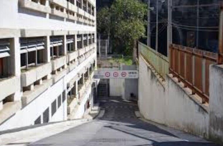 truffa dipendenti parcheggio multipiano pozzuoli