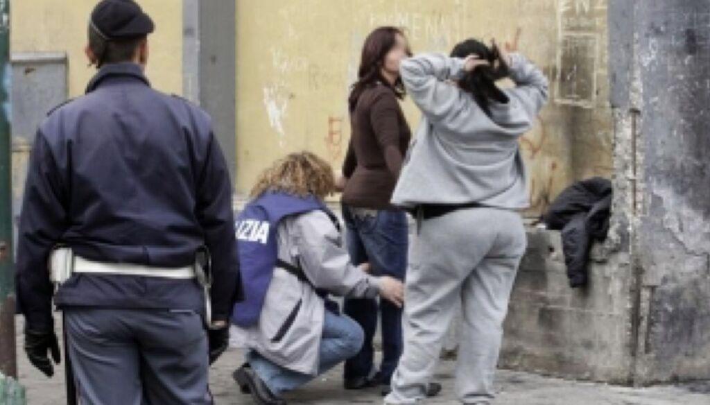 arrestata frattamaggiore scippo borsa in chiesa