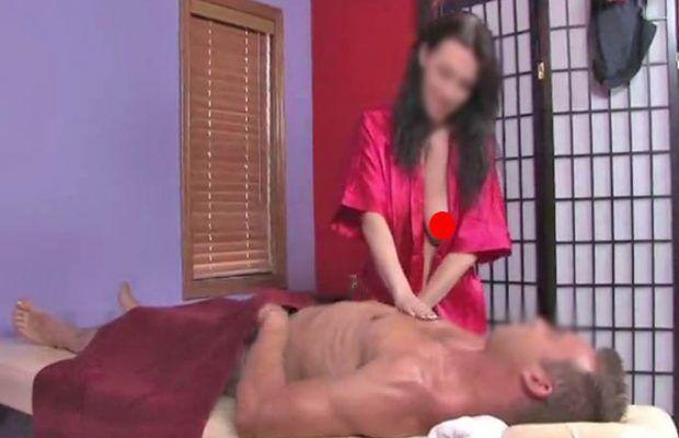 centro massaggi hot casavatore sotto chiave
