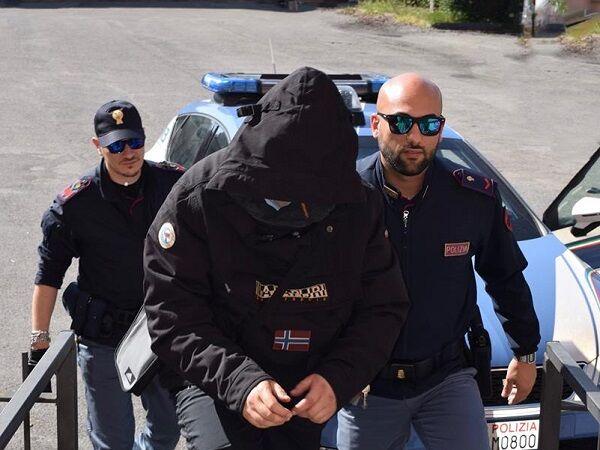 arrestato fuorigrotta salvatore capone