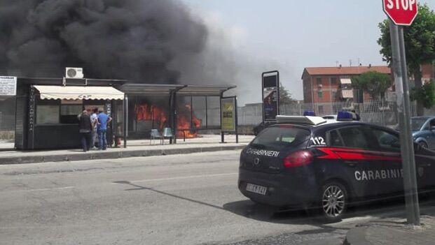 capua incendio autobus piazza mercato