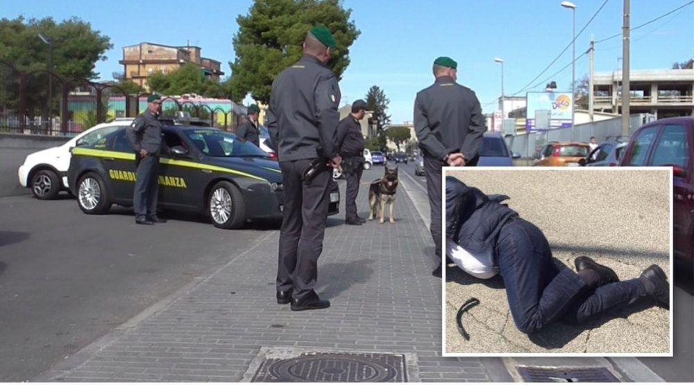 rapina variante aversa telefonino arrestato guardia di finanza
