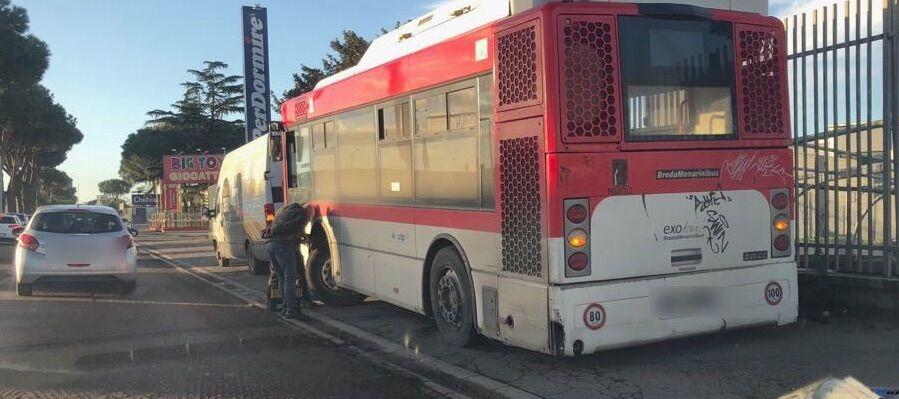 bus mugnano autobus rotto circumvallazione