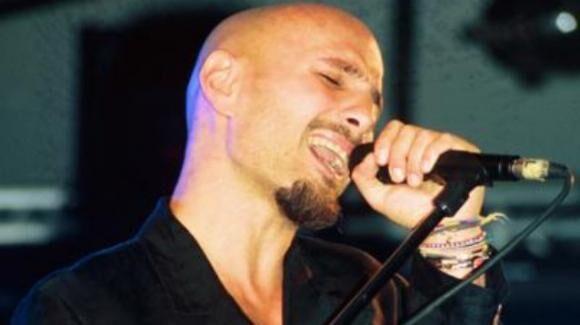 Alex Baroni, 17 anni fa moriva il cantante dopo un incidente stradale