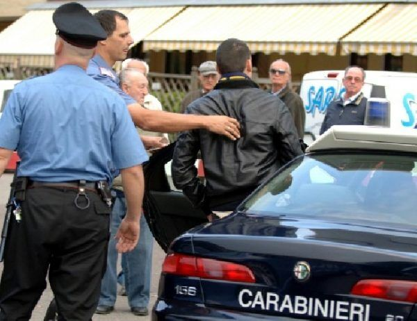 qualiano arresti violenza centro scommesse