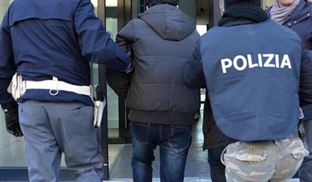 arresto napoli carmine esposito