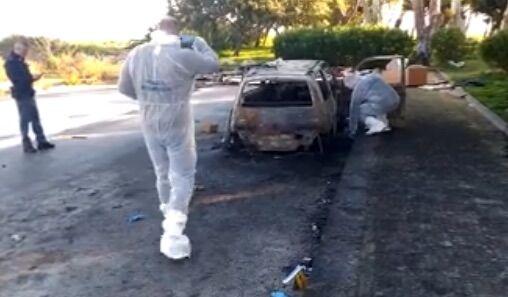 pagani auto incendio uomo morto carbonizzato