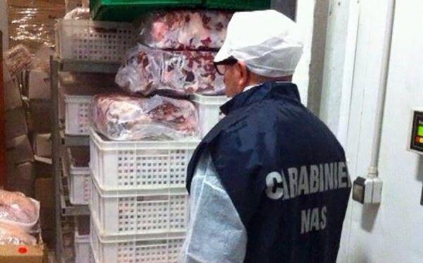 sequestro cibo bacoli capri
