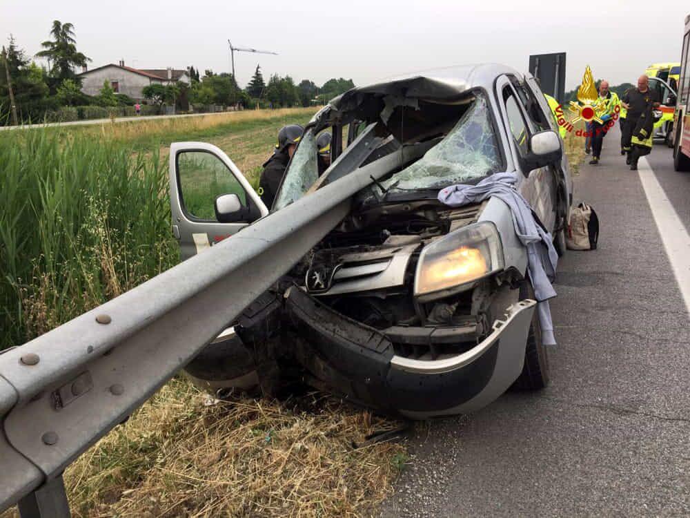 incidente 40enne guardrail