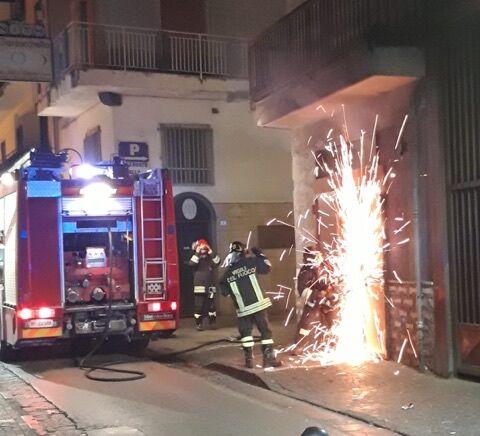 sant'antimo incendio negozio