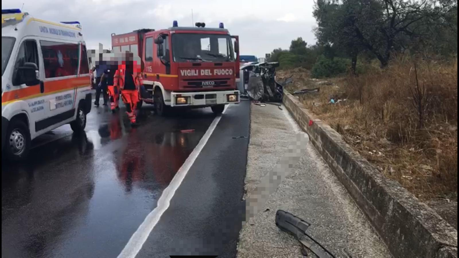 incidente castellaneta taranto ss 106 morti 9 dicembre