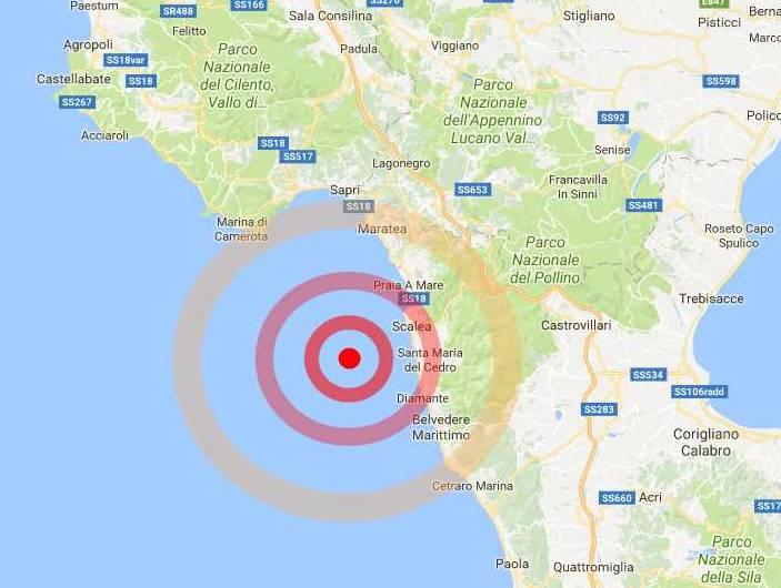 terremoto golfo di policastro oggi 10 dicembre