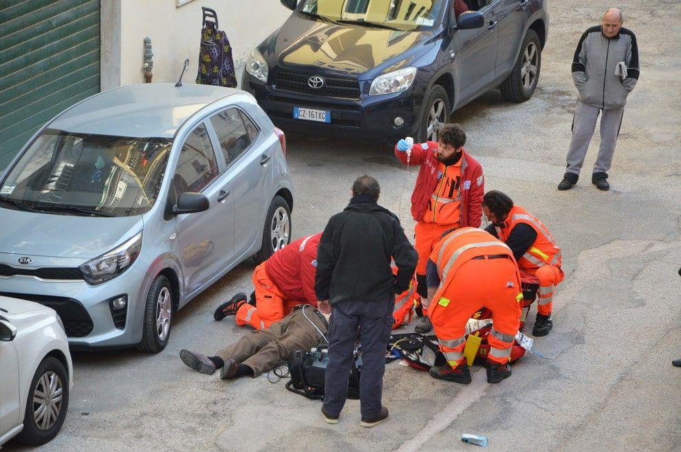 pomigliano morto in strada via roma