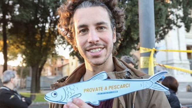 Mattia Santori chi è movimento sardine storia età fidanzata