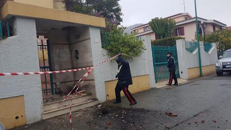 Bomba contro casa imprenditore del marmo nel Nuorese