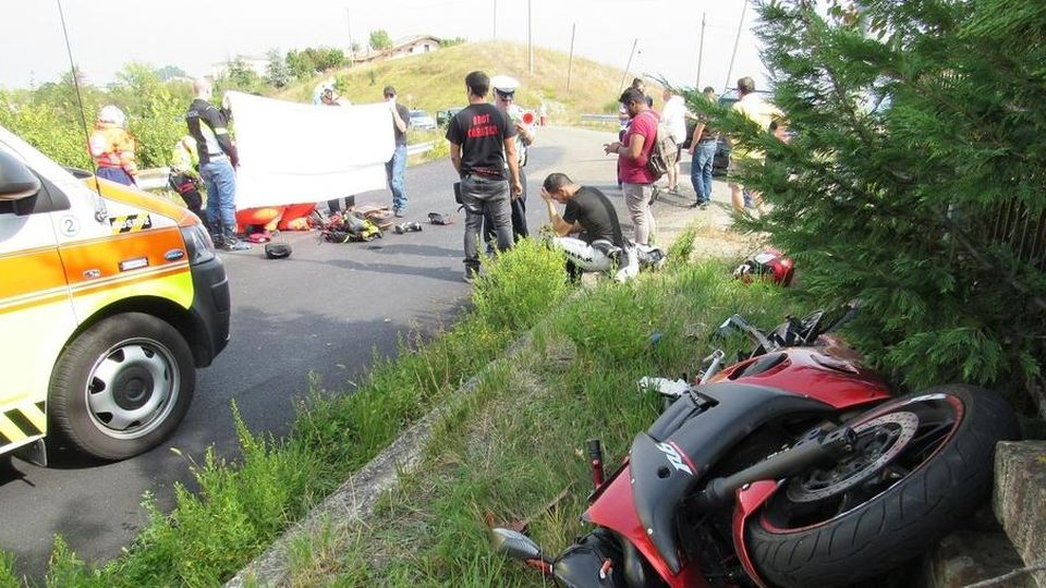 incidente moto portico di caserta ferito bimbo