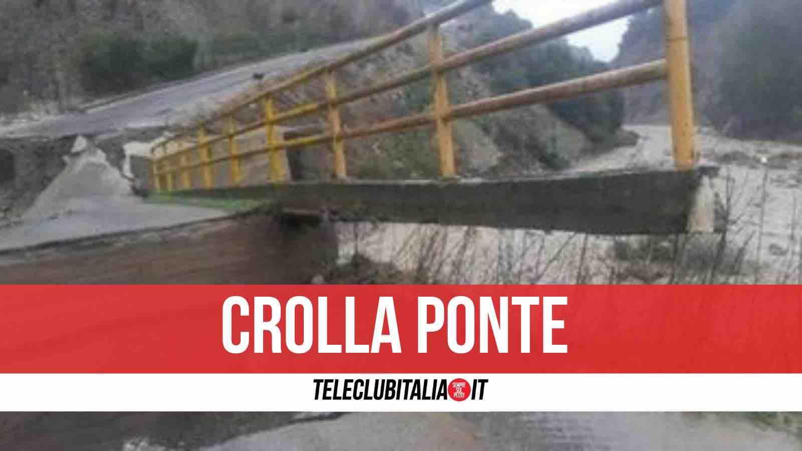 crotone crolla ponte