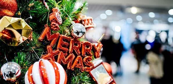 Immagini Di Natale Per Amici.Frasi Di Auguri Di Natale 2020 Ai Tempi Del Covid Immagini Per Amici E Parenti