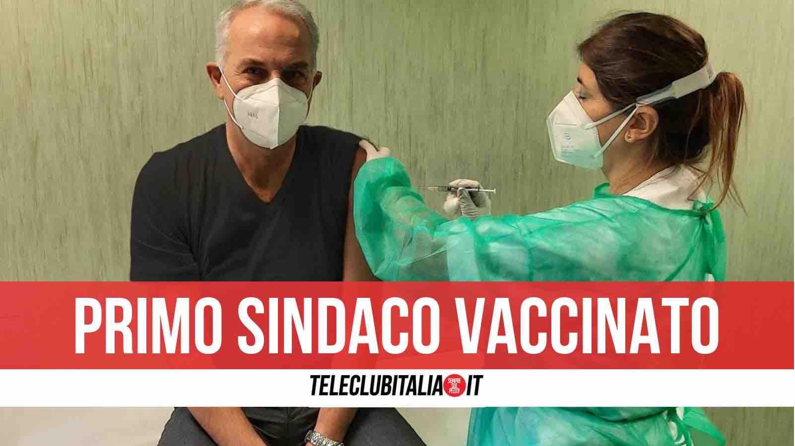 sindaco calvizzano vaccino