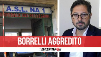 Napoli, il consigliere Borrelli aggredito fuori all'ospedale prima di un flash Mobile