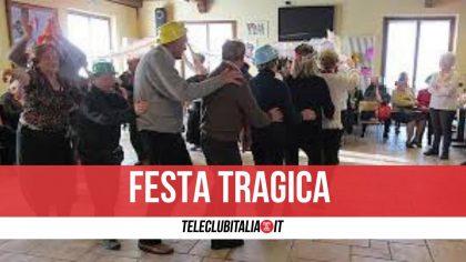 Sicilia, festa di gruppo per festeggiare il vaccino: scoppia focolaio. Cinque morti