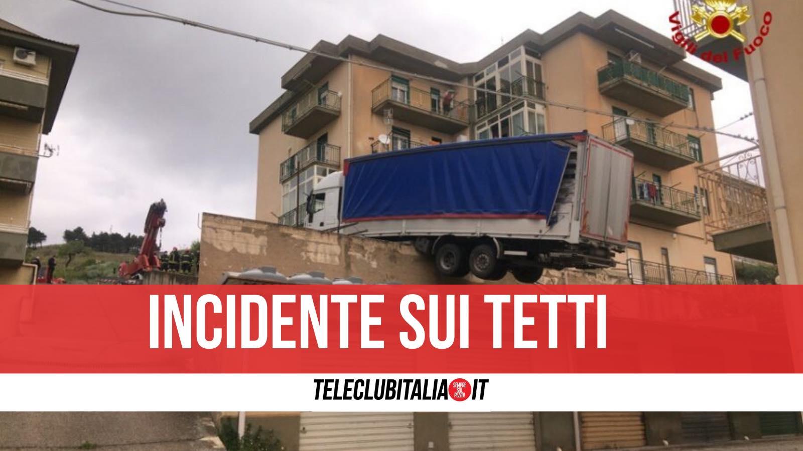 incidente caccamo camion palermo