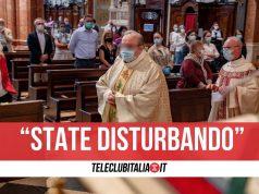 sant'antonio abate mamma figlia cacciate messa
