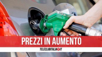 Record per il prezzo della benzina: un litro costa quasi 1,6 euro