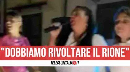 """Pozzuoli, nuovo spettacolo trash della tiktoker Rita De Crescenzo: """"Amma arrevutà"""""""