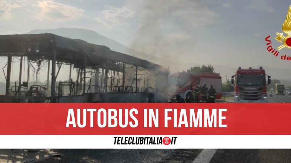 a1 autobus in fiamme mignano montelungo