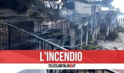 Incendi in Sardegna, colpito anche l'hotel di Temptation Island: 60 evacuati