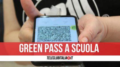 Green pass, verso l'obbligo per personale scolastico e universitari
