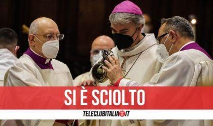 Il sangue si è sciolto: si rinnova il miracolo di San Gennaro