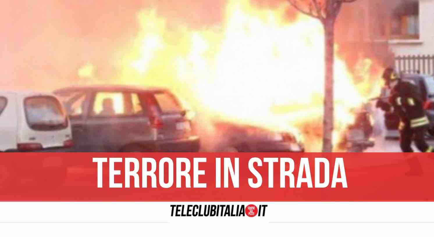 brucia auto castellammare