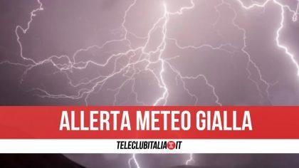 Allerta meteo gialla domani in Campania: in arrivo piogge, vento e temporali